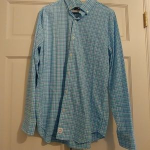 Vineyard Vines Murray button down shirt NO IRON!